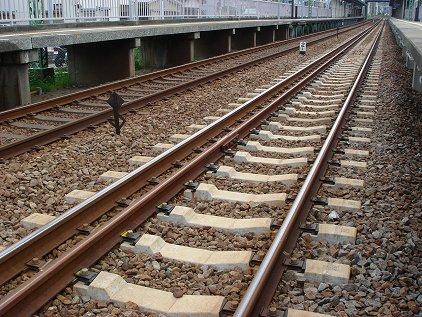 mutuura_rail2.jpg